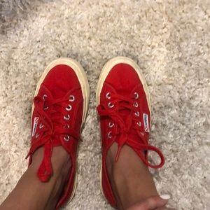 ♥️Red SUPERGA Sneakers 👟 ! ♥️